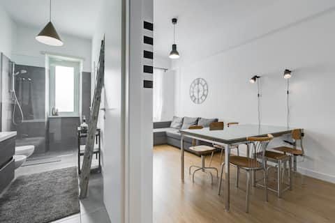 enjoy your stay in Rome. Modern & clean flat