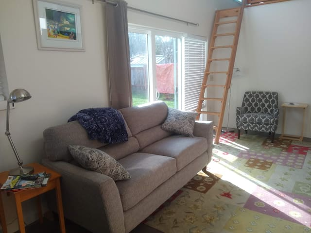 New couch and chairs!