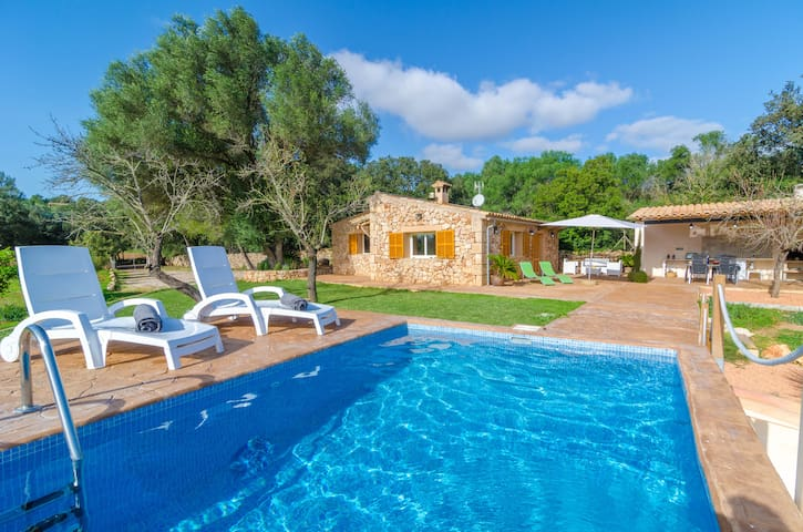 ES RAVELLAR - Villa for 4 people in Costitx.