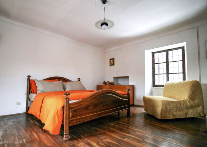 forest house vidracco - first floor - room no. 4
