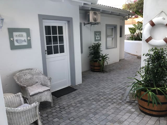 CJ's Cottage in Plett