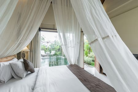 Deluxe Villa with Ricefield View - Ubud