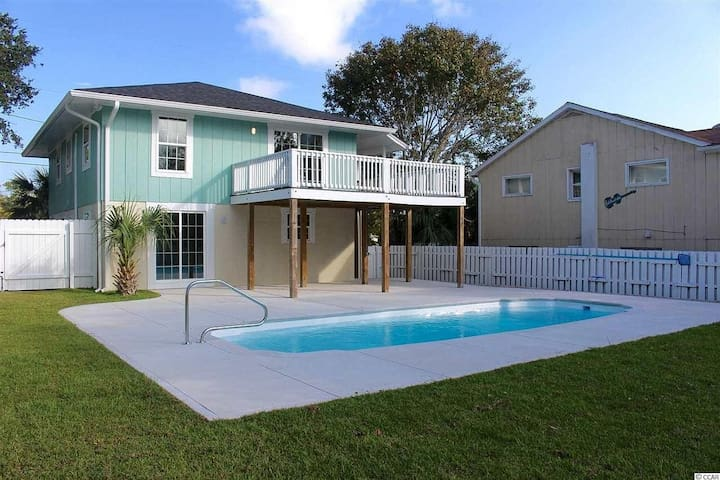 ♥Perfect Family & Friends Crescent Beach Pool Home