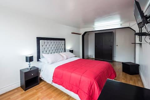 Departamento amoblado en el distrito de la punta ,acogedor y espacioso de tres dormitorios con terraza ,a una cuadra de la playa ,totalmente amoblado con wifi y cable.