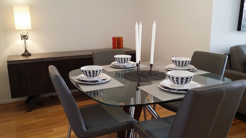 East Perth Luxury Apartment - East Perth - Pis