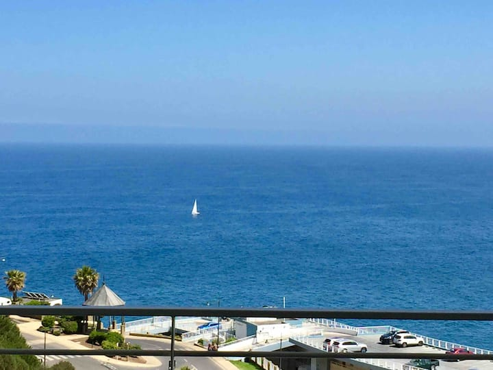 Nuevo vista al mar estacionamiento y wifi para 6