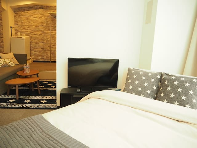 Cozy Apt+10min walk to Downtown Osaka/Umeda#LAOS3
