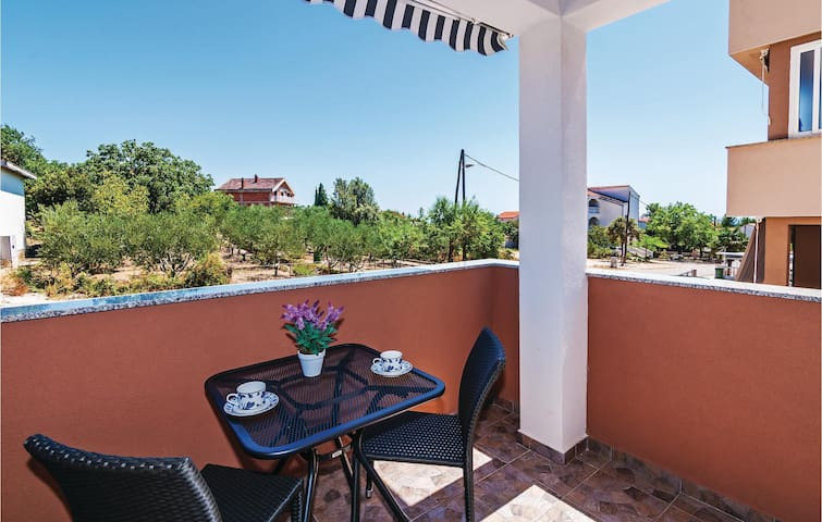 Holiday apartment with 2 bedrooms on 55 m² in Pakostane