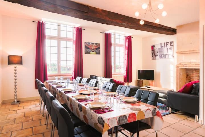 Grand appartement confort dans château proche Caen