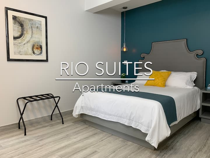 Luxury Suite Perfect Location!,5 Min from U.S.-111