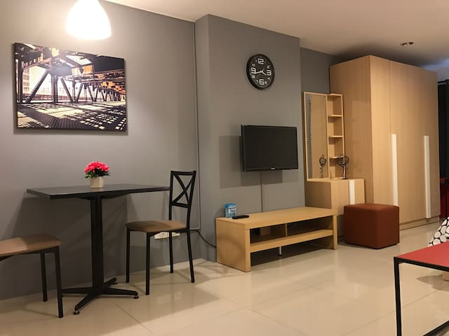 studio room in the center of Bkk - Bangkok - Apto. en complejo residencial
