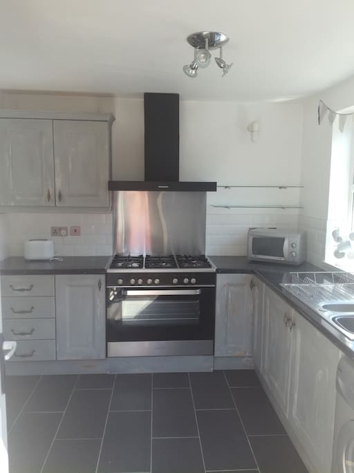 Lovely kitchen with Gas Double range