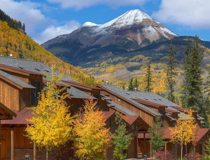 Beautiful Mountain Townhome B110