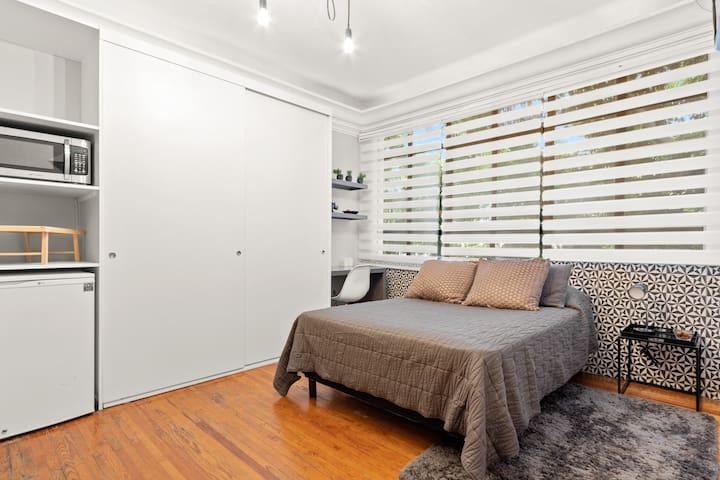 ☼Modern new room @ Polanco!! corner w/Masaryk av.☼