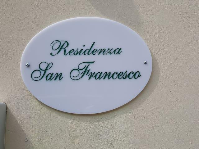 Residenza San Francesco, casa storica in Carrara