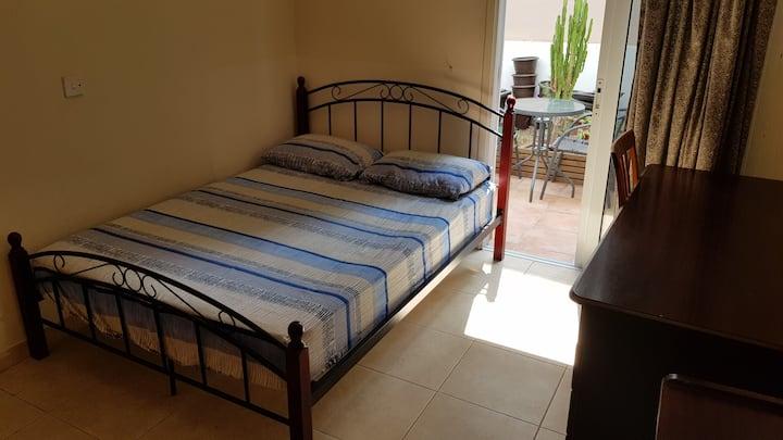 Lovely quiet ground floor bedroom 2