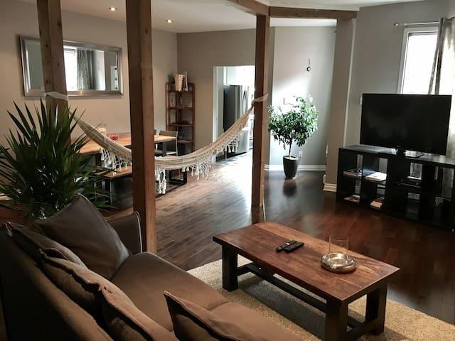 Condominium au Plateau - Montreal - Apto. en complejo residencial