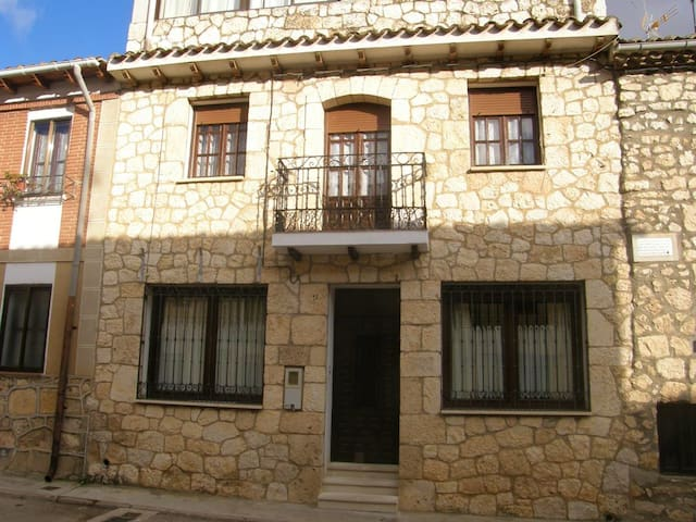 Big house with terrace & balcony