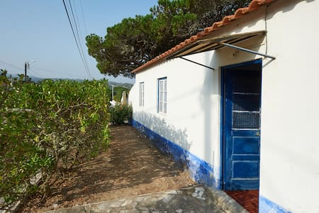 Holiday cottage close to Sintra - Colares