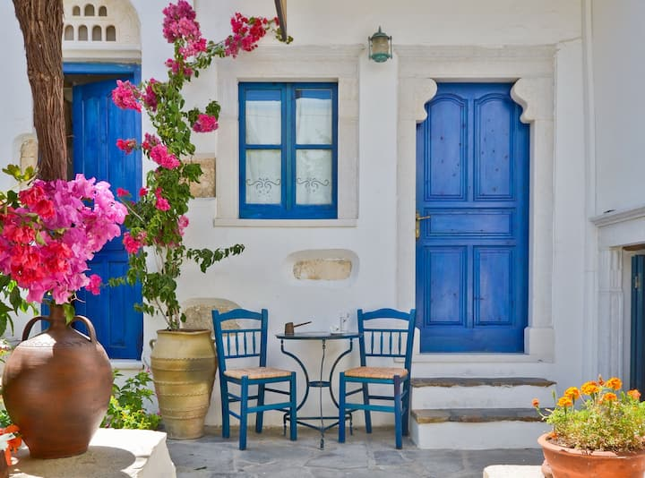 Single Studio in the Medieval part of Naxos Town