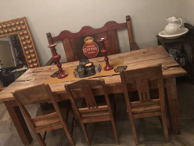 Rustic dinning table and chair.