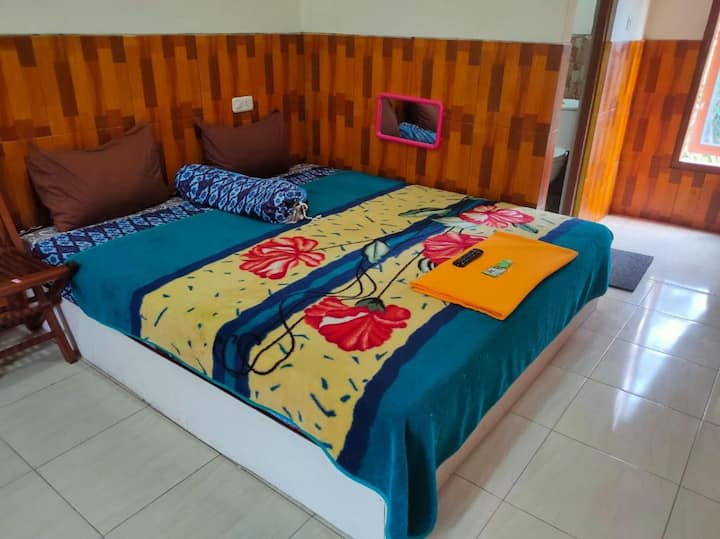 Family Friendly Inn at Nakula Sadewa 2 Bandungan