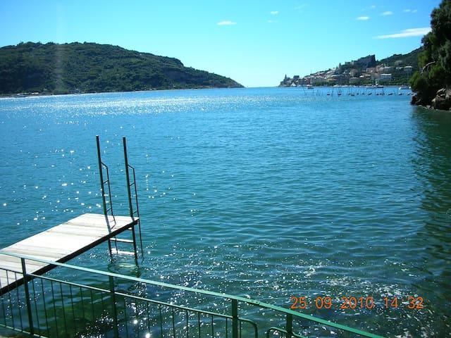 appartamento in villa con accesso privato al mare - Portovenere
