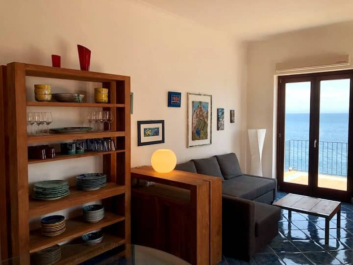 Villa Levante - Direct Sea Access - Full Sea View