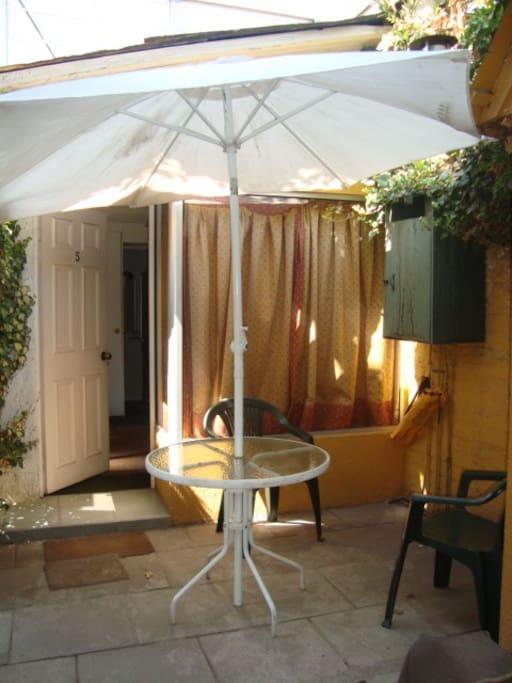 Entrada, terraza privada