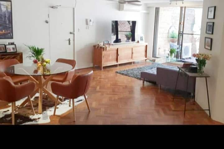 Private room in stylish apartment own Bathroom