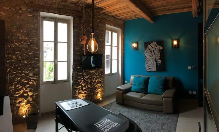 Magnifique appartement type loft au cœur de sanary
