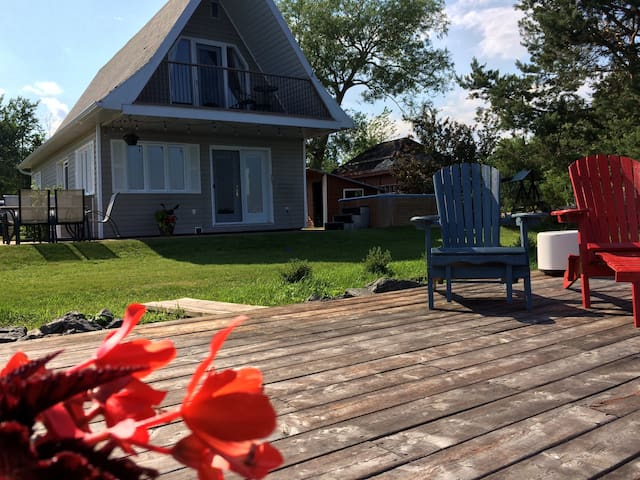 Chalet bord du Lac-St-Jean Cottage on the lake