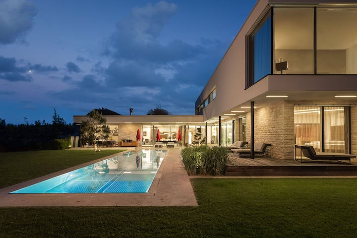 DesignFerienhaus  Luxury Villa:Airco+16m Pool+Park