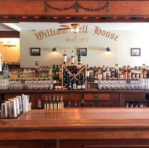William Tell House - Historic Saloon & Inn, Room 3