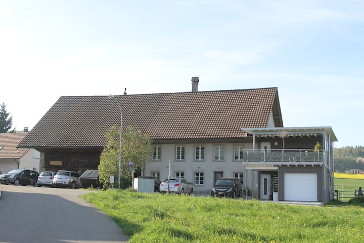 Pferderanch Raum Zofingen/Aarau - Safenwil - Hus