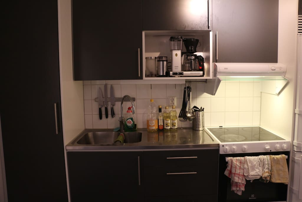 Fully equipped kitchen with top of the line coffee-maker.