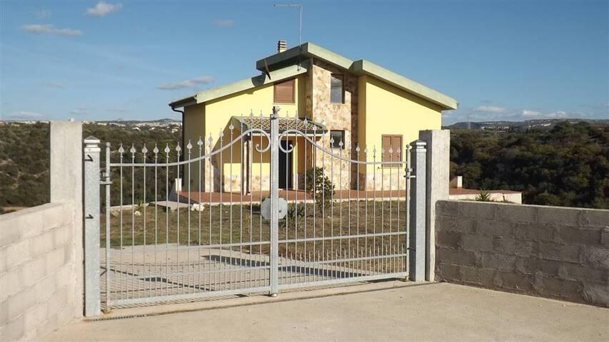 Villa Località Molafà