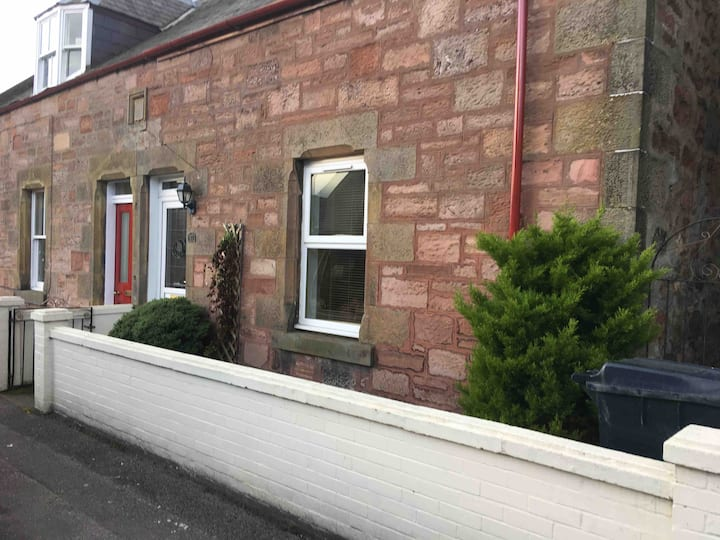 Thistle Cottage, Inverness