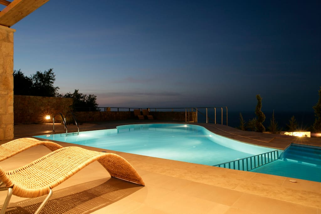 The view from the second villa towards the unlimited seascape of the Cretan archipelago