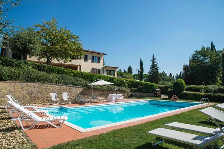 Apartment Ciclamino with Piscina - Chianti Firenze