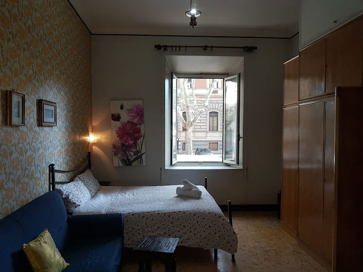 superroom in trastevere