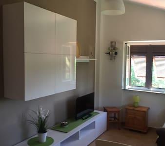 Casa privata immersa nel verde - Sarzana