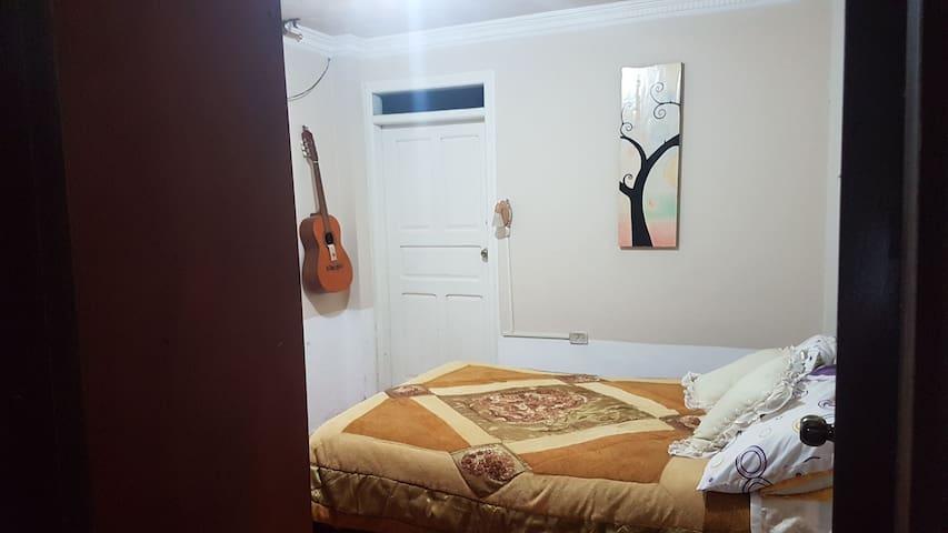 Habitación cómoda y segura