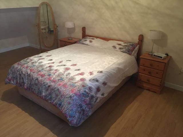 "Beachside Townhouse ""Molly's Chan"" - Wexford - Rumah"