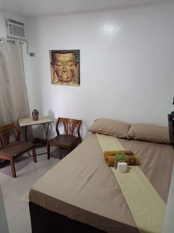 Budget Studio-5 for 2pax (Own T&B w/Fridge) Matina