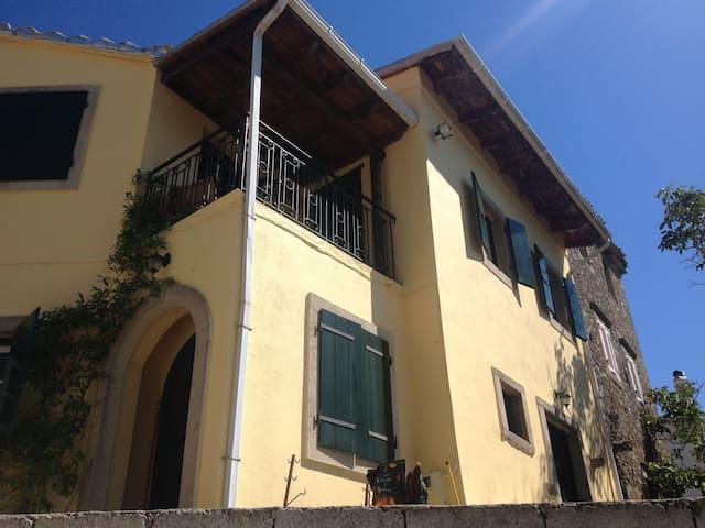 Traditional Village House - Stavros, Corfu - Corfu - Huis