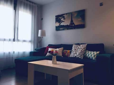 Apartamento junto a Juan Carlos I