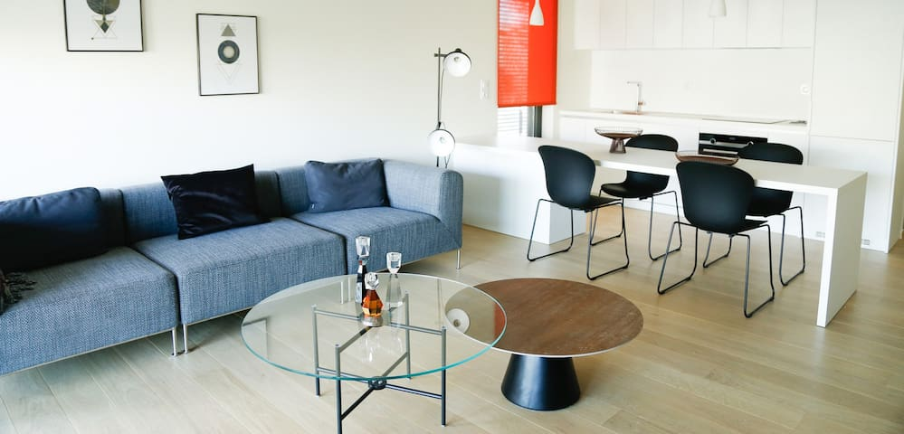 Hermes Two-Bedroom Apartment
