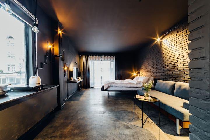 Dark Studio Apartment in Center of Dalat -Doc(Dốc)