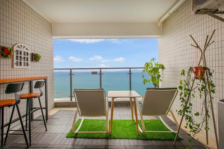【御D4】海陵岛敏捷彩虹沙滩黑白简约情侣大床房|180度正海|阳台带浴缸|十里银滩|水晶湖|红树林|